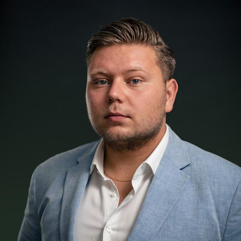 Stellar Tax Advice - Andriy Berehulya